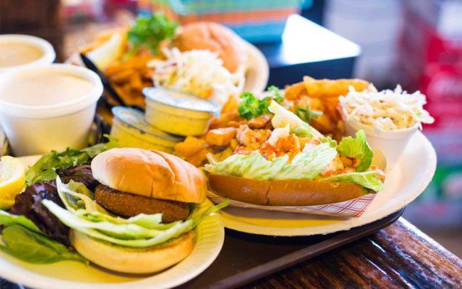 Flo's Clam Shack, seafood, restaurant, Rhode Island, seafood restaurant, fish sandwich, cole slaw, clam chowder