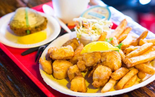 Flo's Clam Shack, seafood, restaurant, Rhode Island, seafood restaurant, seafood platter